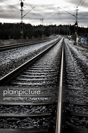 Train track with red signal - p1687m2278473 by Katja Kircher