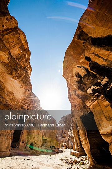Siq el-Barid, Little Petra, Wadi Musa, Jordanien, Naher Osten - p1316m1160730 von Hermann Erber