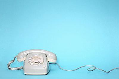 Altes Telefon - p237m2039238 von Thordis Rüggeberg