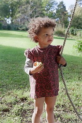 Toddler - p956m748757 by Anna Quinn