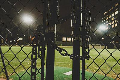 Fussballplatz New York - p1345m1286193 von Alexandra Kern