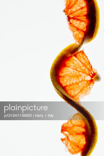 Zitrusfrucht Girlande - p1212m1136920 von harry + lidy