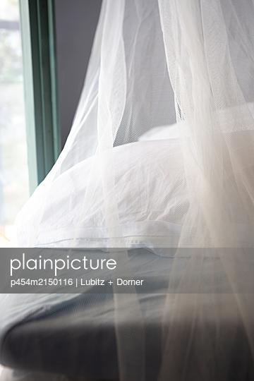 Gentle sleep - p454m2150116 by Lubitz + Dorner