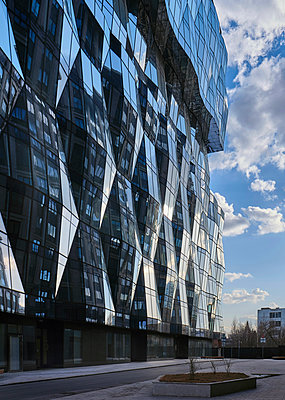 Russia, Moscow, Modern residential and office buildings - p390m2279059 by Frank Herfort