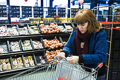 Shopping list - p896m835157 by Koen Verheijden