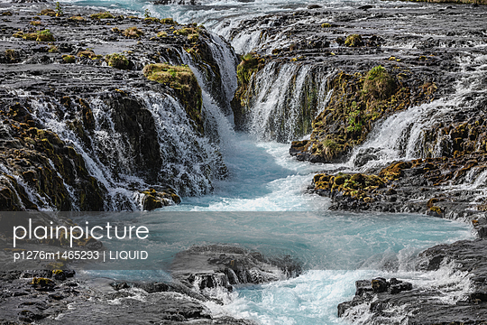 Bruarfoss - p1276m1465293 von LIQUID