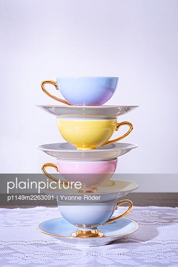 Cups - p1149m2263091 by Yvonne Röder