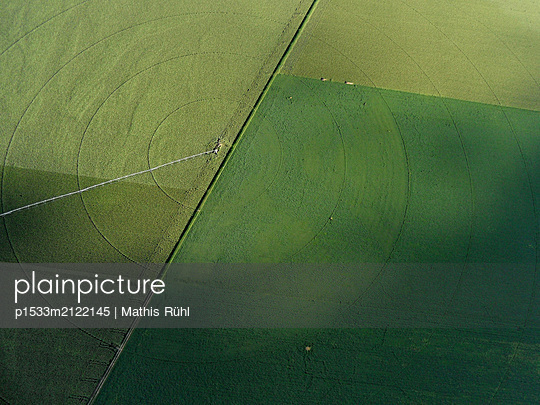 Aerial view, Field - p1533m2122145 by Mathis Rühl