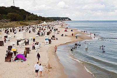 Beach at the Baltic Sea - p1078m931689 by Frauke Thielking