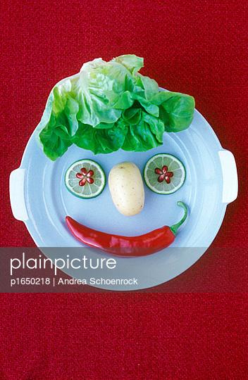 Gemüsegesicht - p1650218 von Andrea Schoenrock