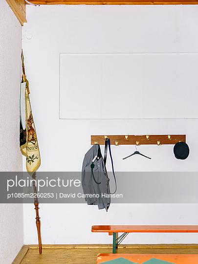 Hang up the costume - p1085m2260253 by David Carreno Hansen