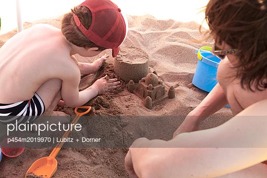 Sandbauten - p454m2019970 von Lubitz + Dorner