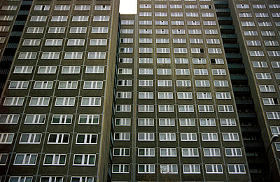 High-rise - p0190137 by Hartmut Gerbsch