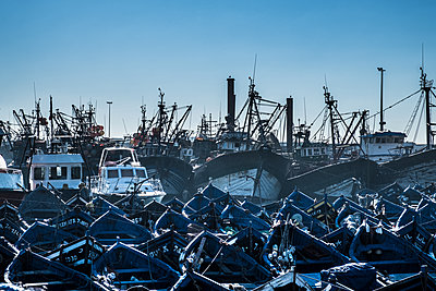 Fishing harbour of Essouira - p1243m1516488 by Archer