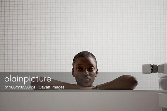 p1166m1099345f von Cavan Images