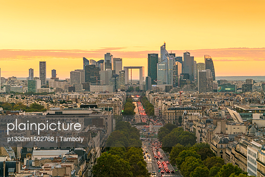 The Grand Arch at sunset - p1332m1502768 by Tamboly