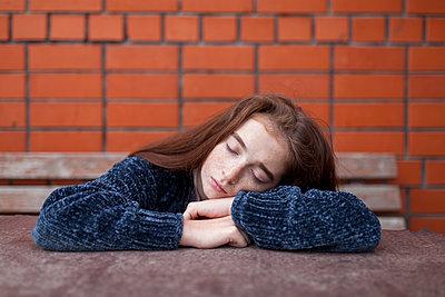 Caucasian girl resting - p555m1521415 by Vyacheslav Chistyakov