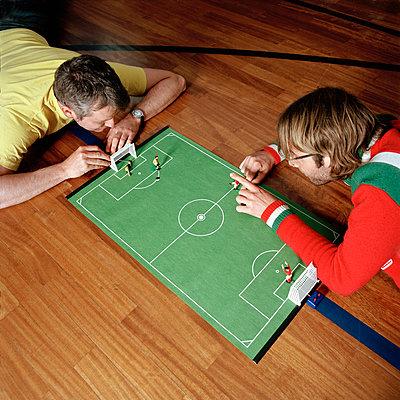 Tipp Kick - p608m1164928 von Jens Nieth