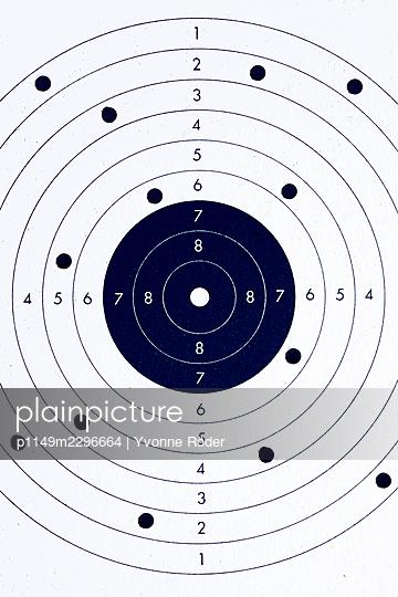 Target - p1149m2296664 by Yvonne Röder