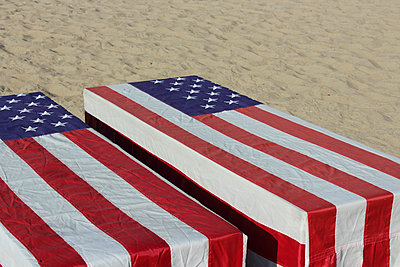 American mourning - p097m705150 by K. Krebs