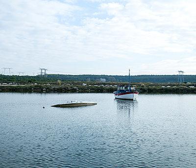 Sinkendes Schiff - p1113m1215870 von Colas Declercq