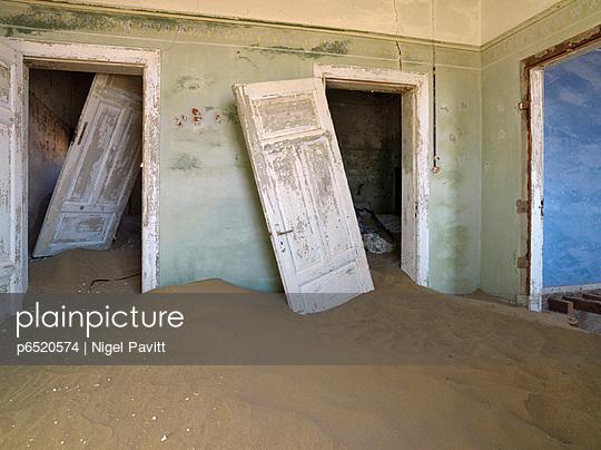 Namib - p6520574 by Nigel Pavitt