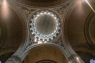 Kuppel in der Basilika Sacré-Cœur de Montmartre - p1332m1502801 von Tamboly
