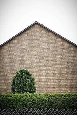 Pediments - p403m902163 by Helge Sauber