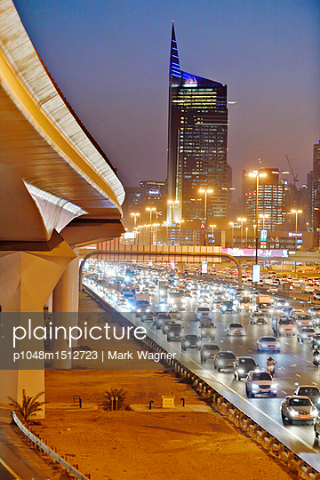 Dubai Internet City rush hour motorway traffic E11 - p1048m1512723 by Mark Wagner