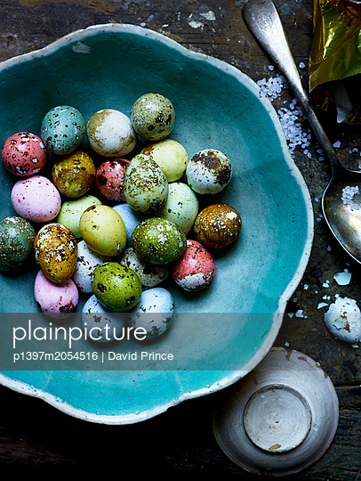 Colourful eggs - p1397m2054516 by David Prince