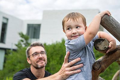 Vater und Sohn - p1156m1585776 von miep