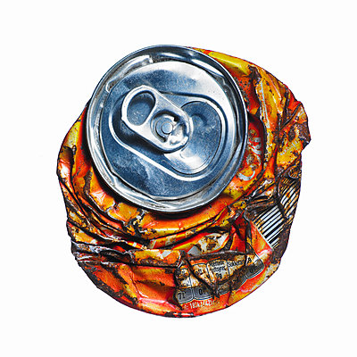 beverage can - p509m1119342 by Reiner Ohms
