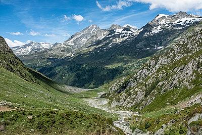 Berge - p713m2122579 von Florian Kresse