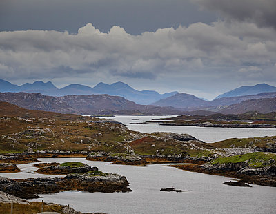 Highlands - p910m2008168 by Philippe Lesprit