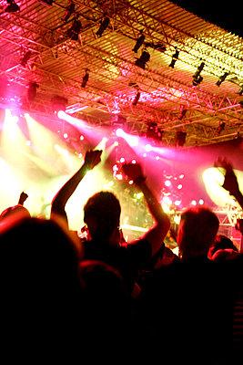 Live-Konzert auf dem Halderner Open Air Festival - p2280405 von photocake.de