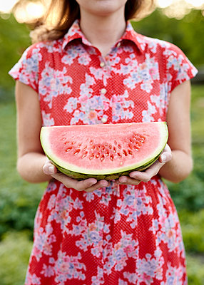 Watermelon - p1124m1134793 by Willing-Holtz