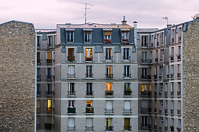 Typical Parisian residential houses - p589m1165820 by Thierry Beauvir