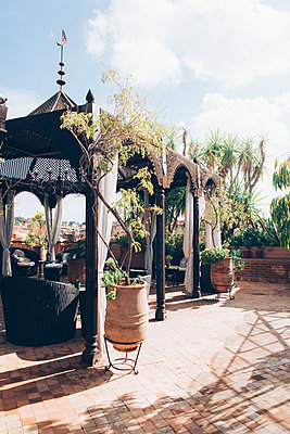 Marrakech - p1507m2043509 by Emma Grann