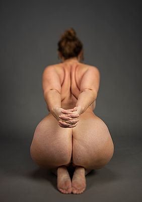 Fat naked woman - p1132m2259044 by Mischa Keijser