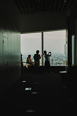 p432m2125174 by mia takahara