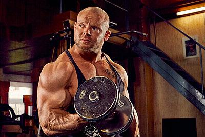 Bodybuilding - p1200m1159348 von Carsten Görling
