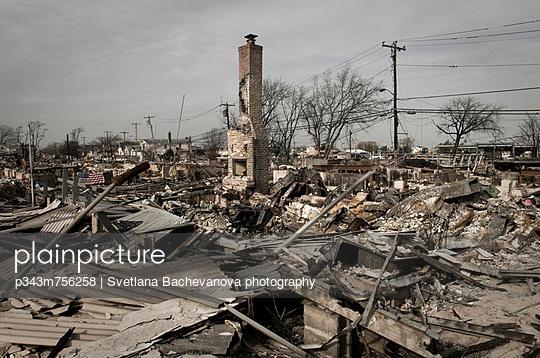Hurricane Sandy Afthermath in Breezy Point, NY. - p343m756258 by Svetlana Bachevanova photography
