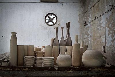 Bat Trang ceramic village, Hanoi outskirts - p934m1451239 by Sebastien Loffler