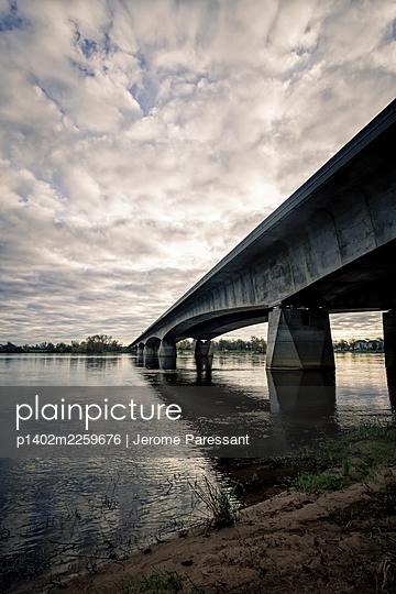 Pont du Cadre Noir - p1402m2259676 by Jerome Paressant