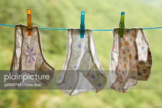 Unterhosen auf der Leine - p2650749 von Oote Boe