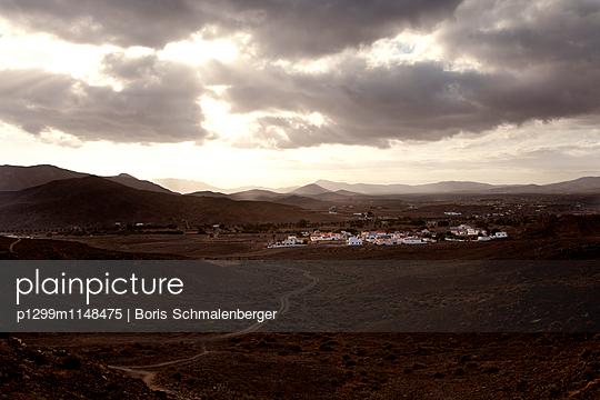 Kanarisches Dorf - p1299m1148475 von Boris Schmalenberger