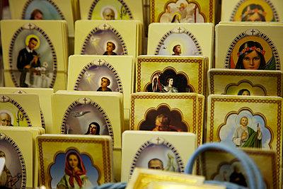 Heiligenbilder - p913m1538434 von LPF