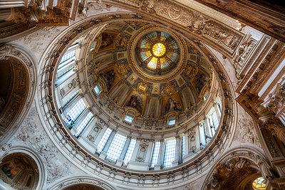 Kuppel im Berliner Dom - p1154m1193252 von Tom Hogan