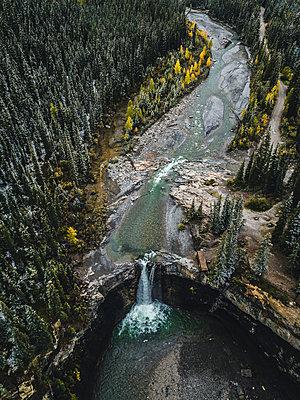 Wasserfall in Kanada - p1455m2203763 von Ingmar Wein