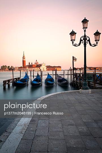 p1377m2048199 von Francesco Russo